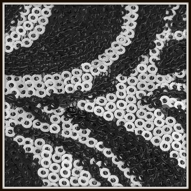 0751  Mini Pailletten Paisley Schwarz-Silber