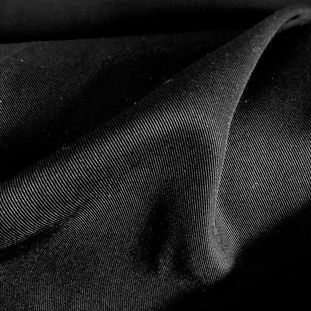 100% TENCEL-Modal soft fein Gabardine in Black   Ansicht: 100% TENCEL-Modal™ soft fein Gabardine in Black