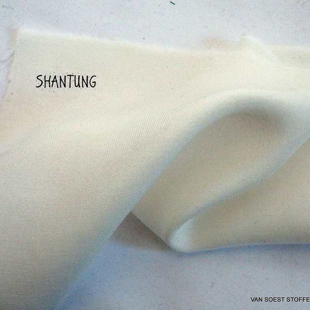 100% Tencel™ Double-sided twill shantung Light fabric in ivory
