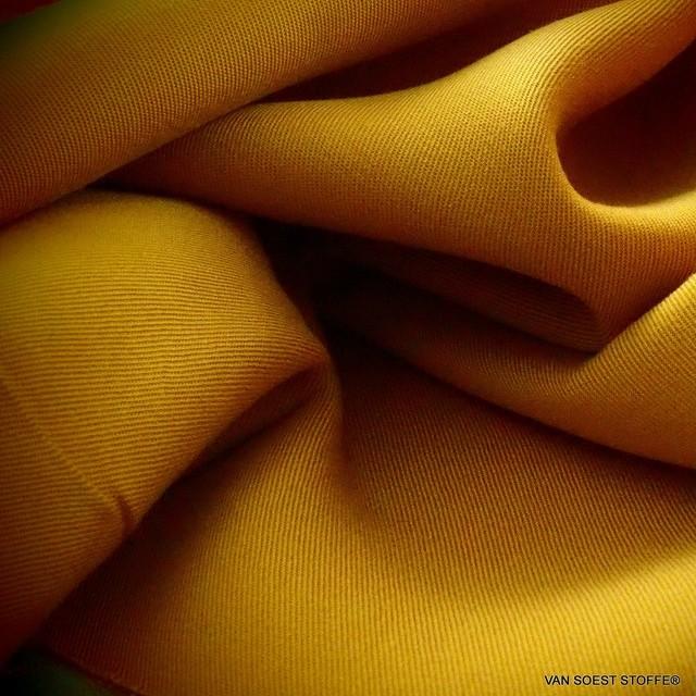 100% Tencel™ Feinköper in Farbe Goldgelb