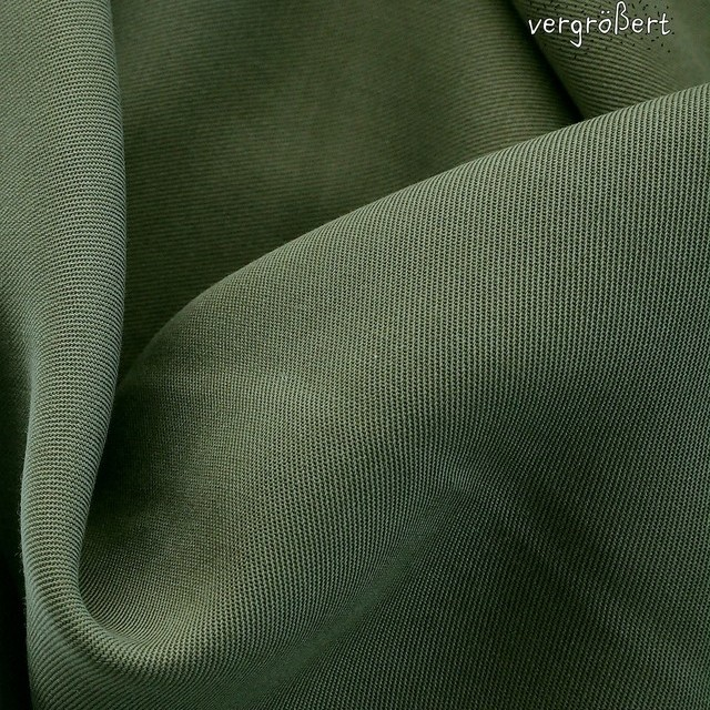 100% Tencel™ Feinköper in Farbe Oliv Grün | Ansicht: 100% Tencel™ Feinköper in Farbe Oliv Grün