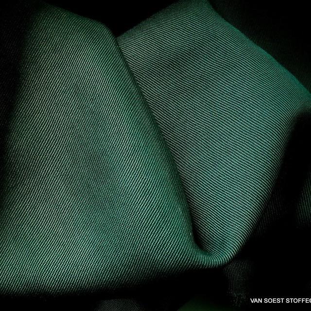100% Tencel™ Mittelschwerer Twill in tollem Tannengrün