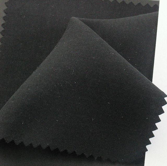 100% TENCEL™ soft Gabardine in Schwarz | Ansicht: 100% Tencel™ soft Gabardine in Schwarz