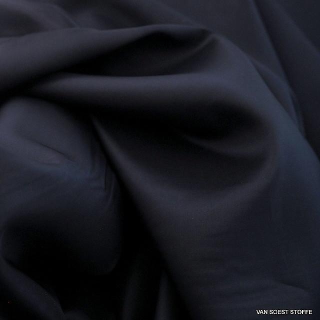 100% Viscose lining in darkbleu