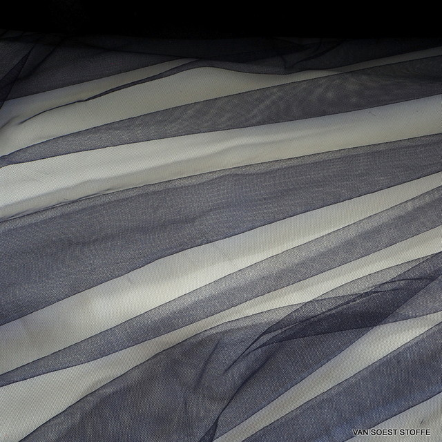 100% Nylon Soft Tüll in tief dunkel Navy