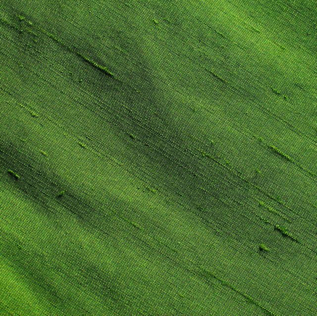 100% Seiden Shantung in Grün