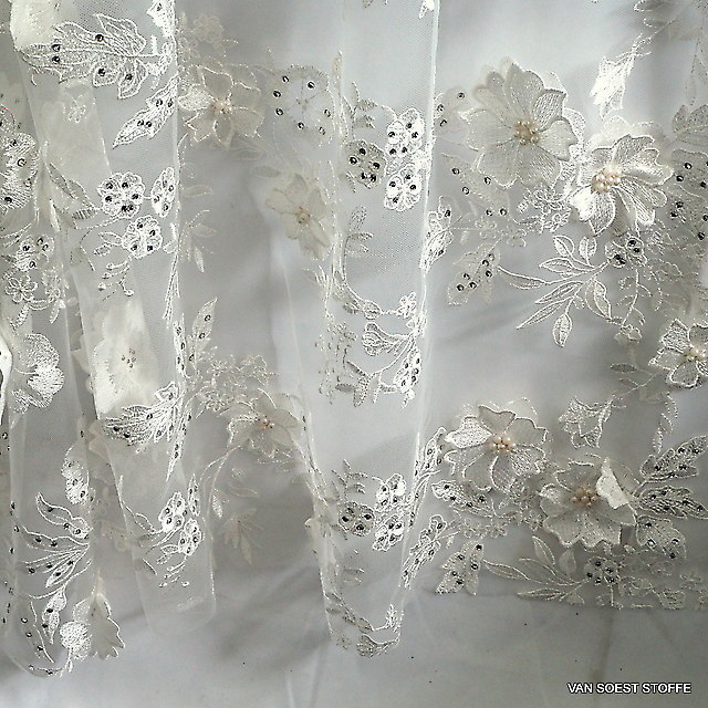 3D Pearls and Rhinestones Lace in white | View: 3D pearls and rhinestones lace in white