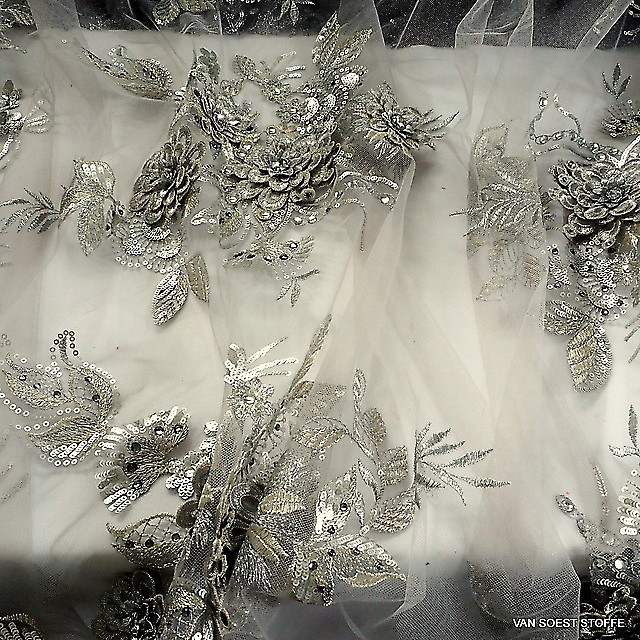 3D lace with rhinestones and sequins in silver | View: 3D lace with rhinestones and sequins in silver