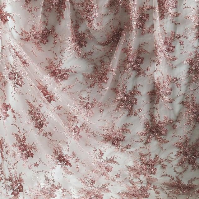 Alt Rosé hochwertige & aussergewöhnliche Spitze mit Perlen, Pailetten & Stäbchen auf Tüll | Ansicht: Alt Rosé hochwertige & aussergewöhnliche Spitze mit Perlen, Pailetten & Stäbchen auf Tüll
