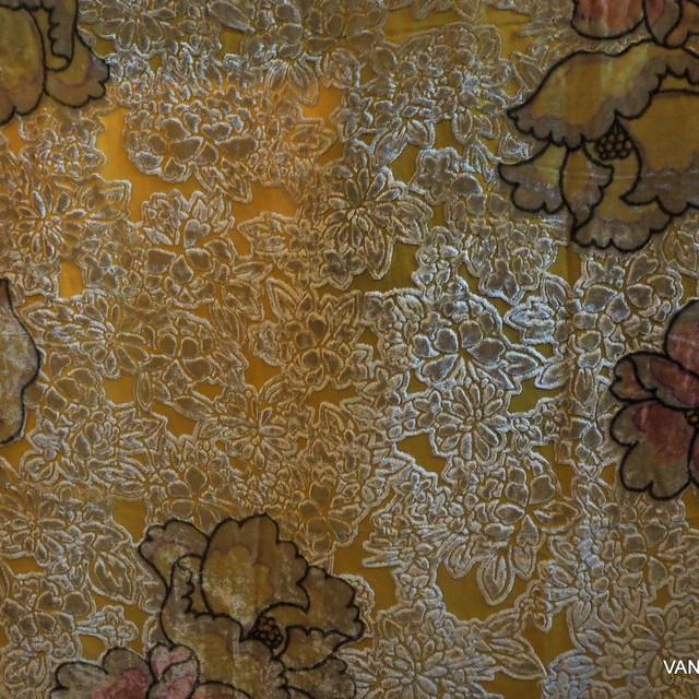 Ausbrenner in Seide-Viskose Blumen Fantasie