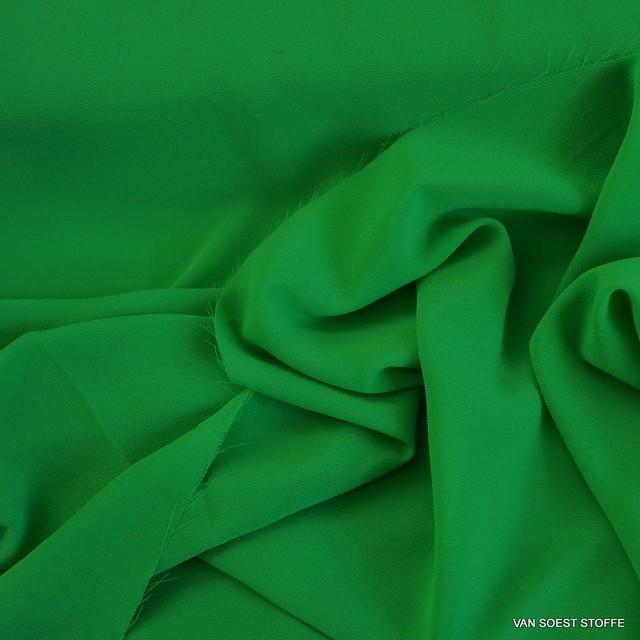 Crepe Chiffon in neuem frischen Grün Ton = Verde | Ansicht: Crepe Chiffon in neuem frischen Grün Ton = Verde