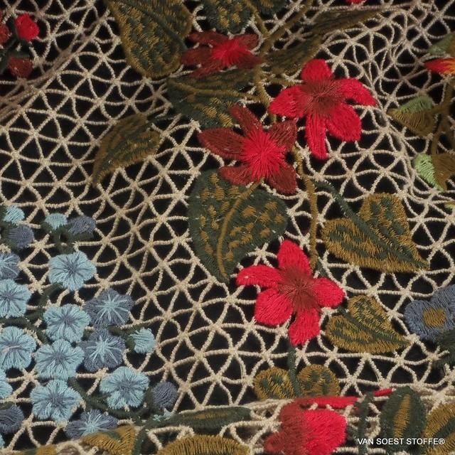 Couture Bordüre auf Netz Gewebe