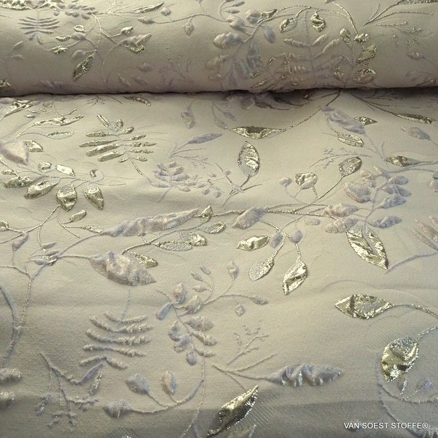 Couture Silver - Lavender 3 D Leaves Jacquard | View: Couture Silver - Lavender 3 D Leaves Jacquard