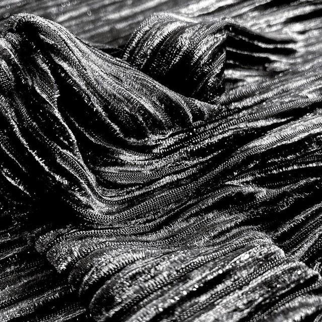 Designer stretch velvet plissee with silver lurex threads in black | View: Designer stretch velvet plissee with silver lurex threads in black