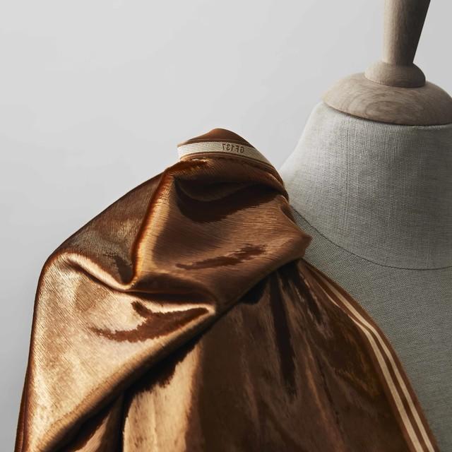 Glitter Designer Samt in Gold