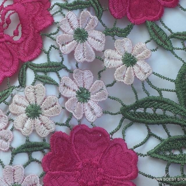 Guipure Blumen und Blätter Spitze in dreifarbiges Pink-Haut-Grün