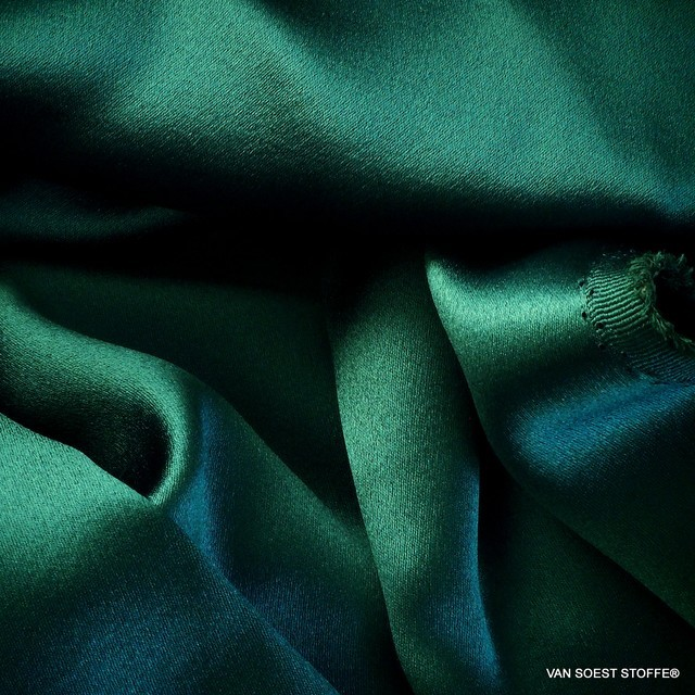 Italian heavy crepe satin in dark green | View: Italian heavy crepe satin in dark green