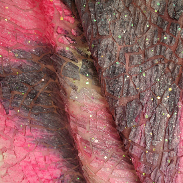 Jersey Doppel Jacquard mit glanzeffekten in Batikoptik | Ansicht: Jersey-Jacquard mit Glanzeffekten in Batikoptik