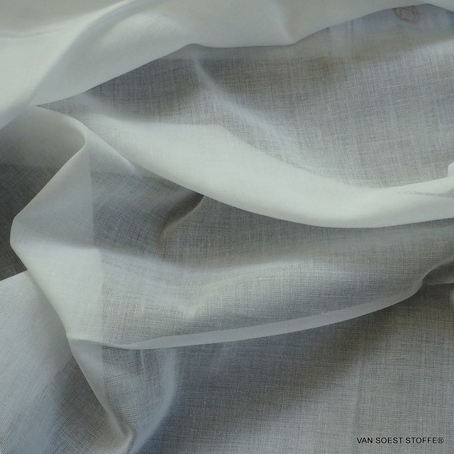 Lingerie voile in white