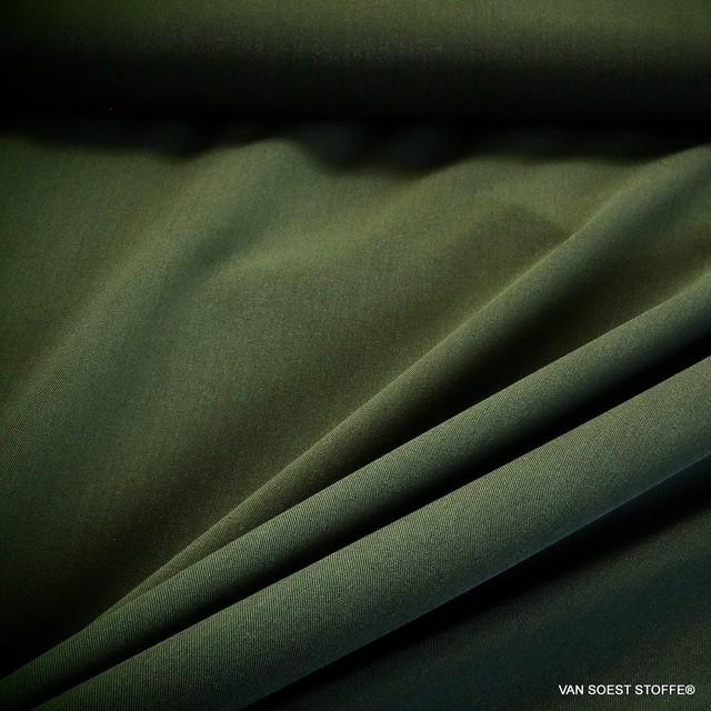 Maestrale soft Stretch Feingabardine in Emerald Grün | Ansicht: Maestrale soft Feingabardine in Emerald Grün