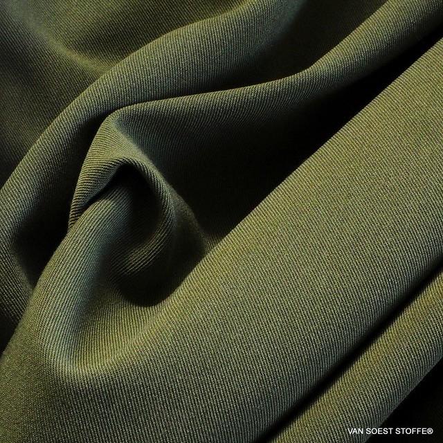 Maestrale soft Stretch Feingabardine in Emerald Grün | Ansicht: Maestrale soft Stretch Feingabardine in Emerald Grün
