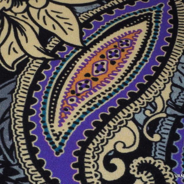 Modestoff Italien auf schweren Viskose Stretch Jersey in Lila-Camel-Bristolblau