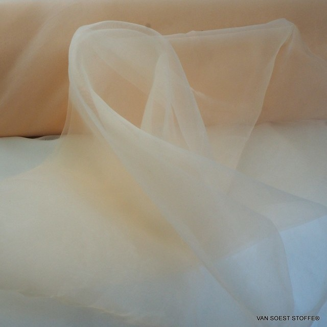 Firm organza in salmon pink