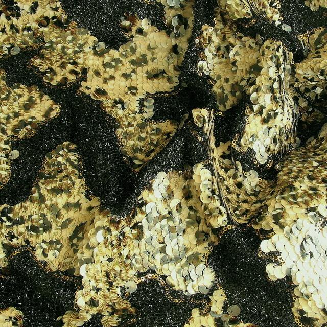 Reptil Pailletten auf schwarze Raffia | Ansicht: Reptil Pailletten auf schwarze Raffia