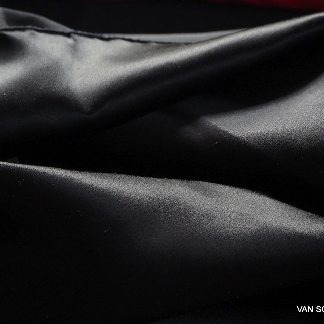 Heavy silk satin in black