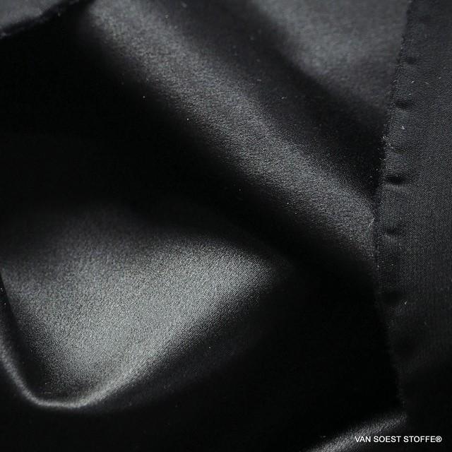 Schwerer Seidensatin in Schwarz | Ansicht: Schwerer Seidensatin in Schwarz