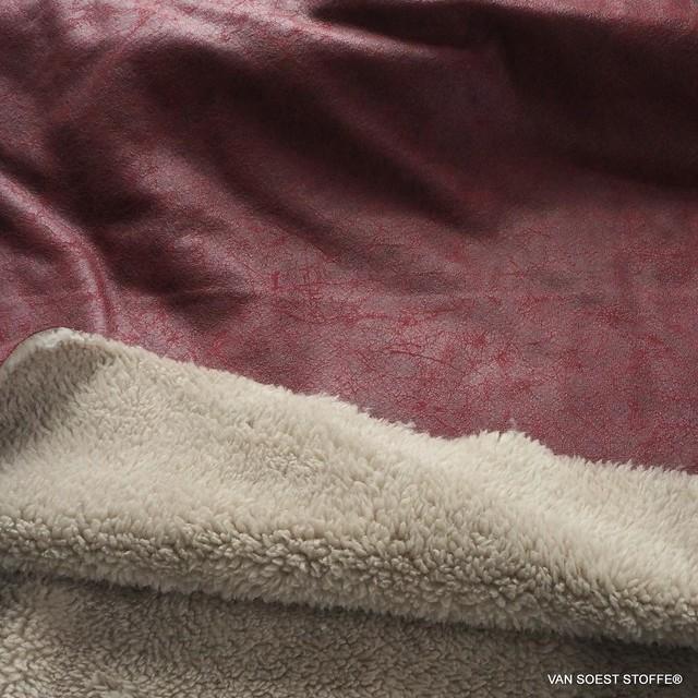 Shearling Lederimitat in Burgund - Schafsfell | Ansicht: Shearling Lederimitat in Burgund - Schafsfell