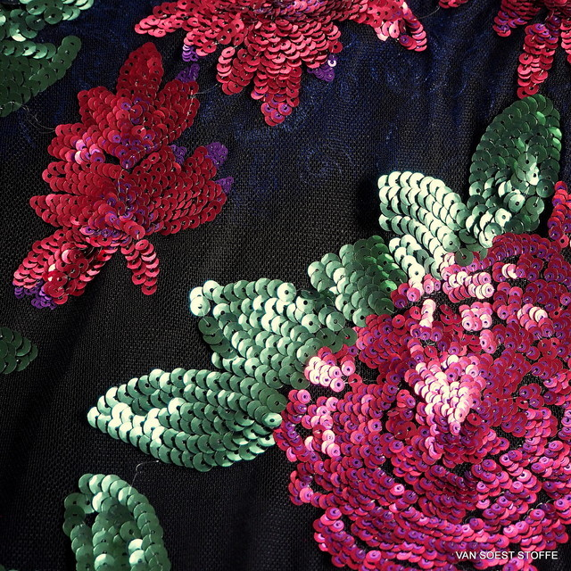 Stretch flowers + leaves mini sequins allover on soft tulle | View: Stretch flowers + leaves mini sequins allover on soft tulle