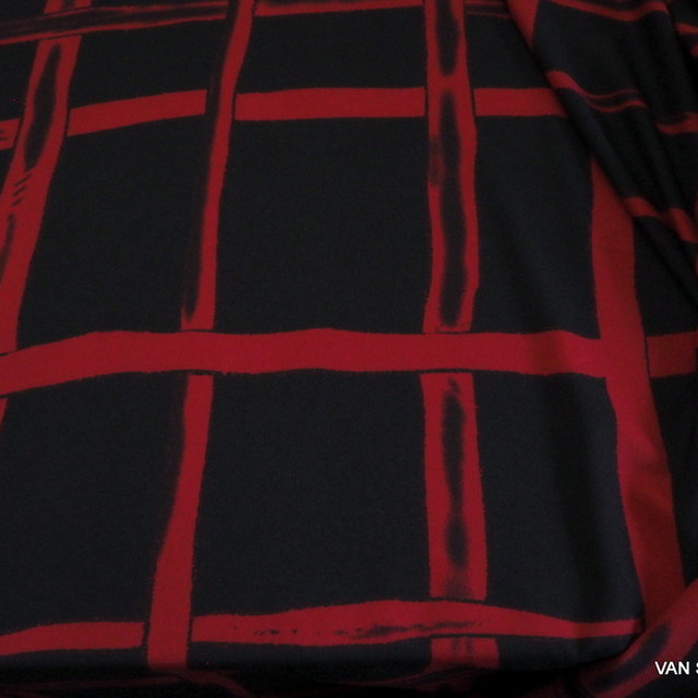 Stretch designer check in black-red | View: Stretch designer check in black-red