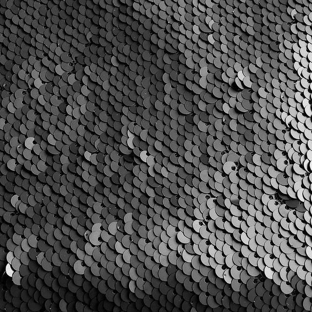 Stretch Matt Pailletten Tiefschwarz 5 mm. | Ansicht: Stretch Matt Pailletten Tiefschwarz 5 mm.