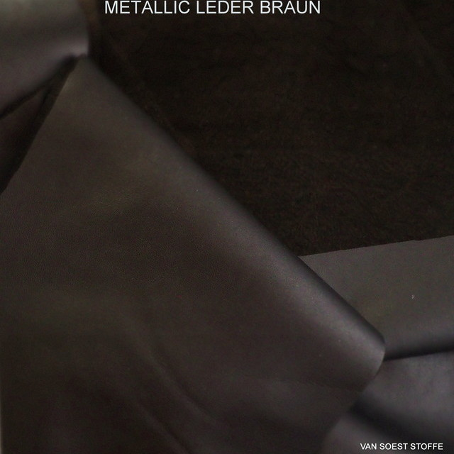Stretch Metallic Abseiten Leder in Dunkelbraun | Ansicht: Stretch Metallic Abseiten Leder in Dunkelbraun