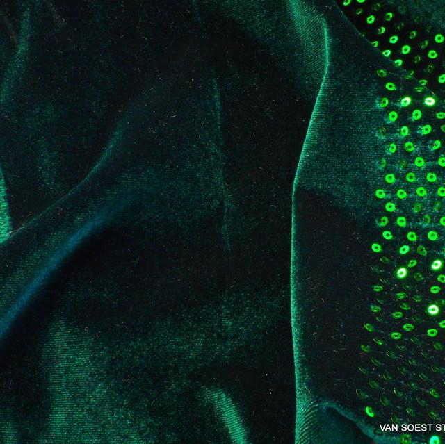 Stretch Pailletten Samt in Tannengrün | Ansicht: Stretch Pailletten Samt in Tannengrün