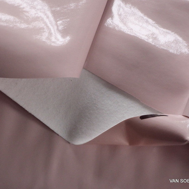 Stretch Wetlook soft vinyl in baby pink with soft side in white