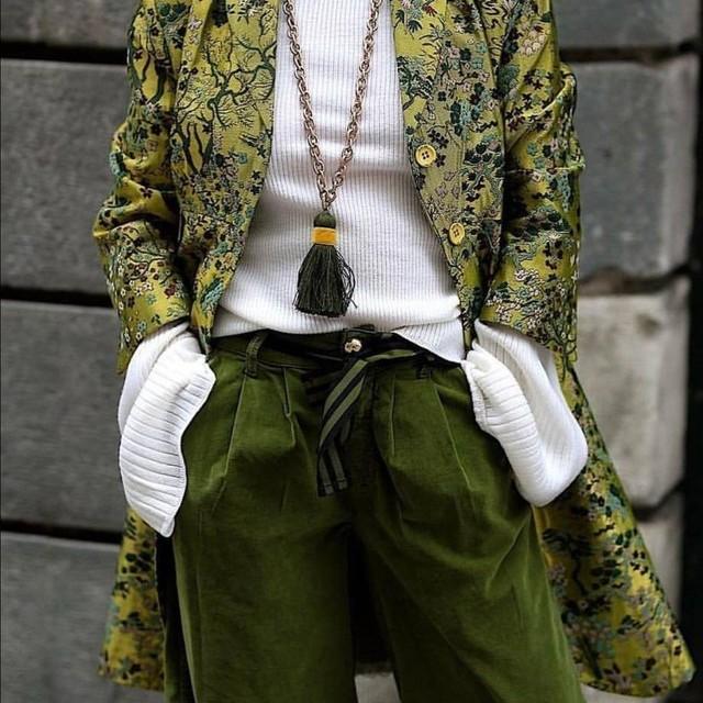 Vintage Baumwoll Samt in Tannengrün | Ansicht: Kombination Art. 2063 & Modellempfehlung