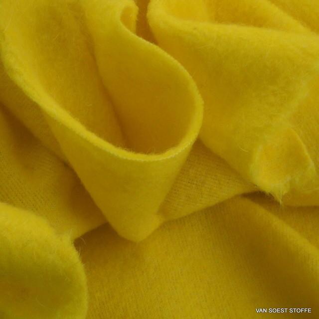Wollflausch in tollem Gelb