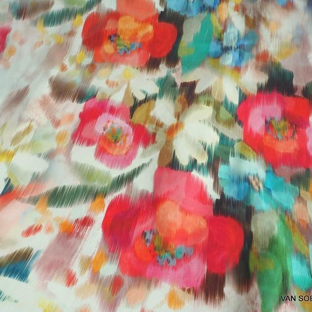 bunter Blumenprint auf hochwertigem Organic Cotton Lawn C. Pauli