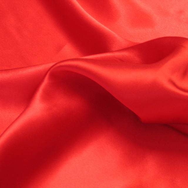burda style - Hochwertiger Seidensatin in 410 Rot