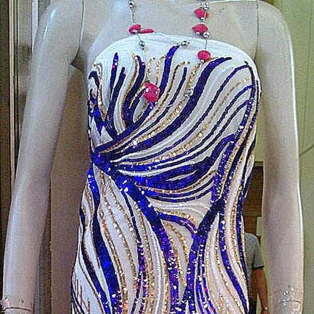 Couture Pailletten Welle in Kobalt Gold Weiß