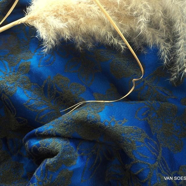 floraler Couture Jaquard u.a. mit Wolle & Viskose Türkis Oliv