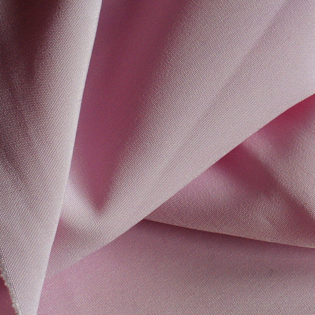 Hi-Tech Polyester in Rosa