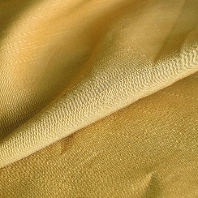 Leinen Immitat in Gold