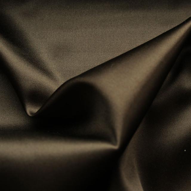 Reine Stretch Seide in wunderschönem dunkelbraun