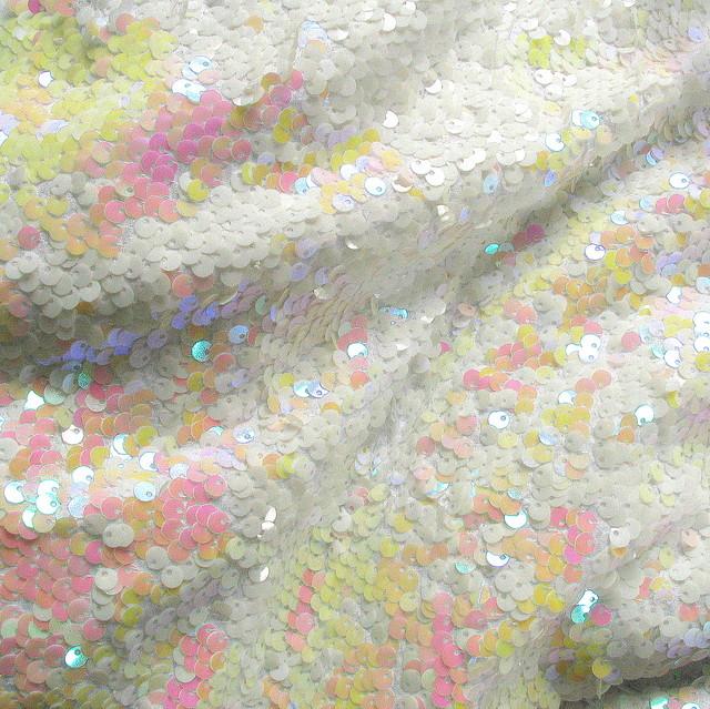 Stretch Zauber Pailletten Weiß - glänzend und fluorressierendes helles Pink / Gelb /Rosa auf weißer Jersey