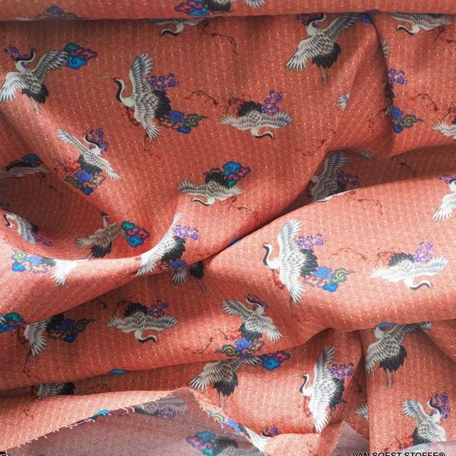 traditioneller Japanischer Kranich Print auf 100% Viskose - Burda Style