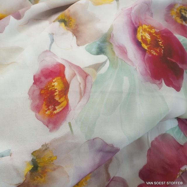 zarter bunter Pfingstrosen Blumenprint auf Viskose Crepe | Ansicht: zarter bunter Pfingstrosen Blumenprint auf Viskose Crepe
